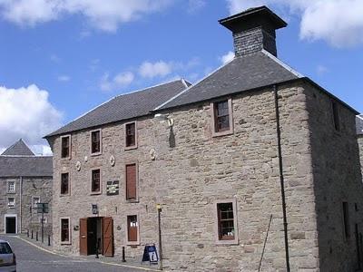 Lower city mills, Perth lade